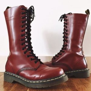 DR. MARTENS   7 1914 SMOOTH LEATHER TALL BOOTS 14